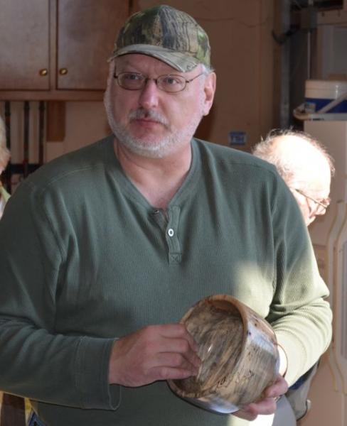 Dennis Knore